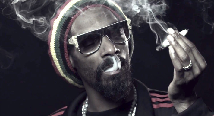 Snoop Dogg smoking weed